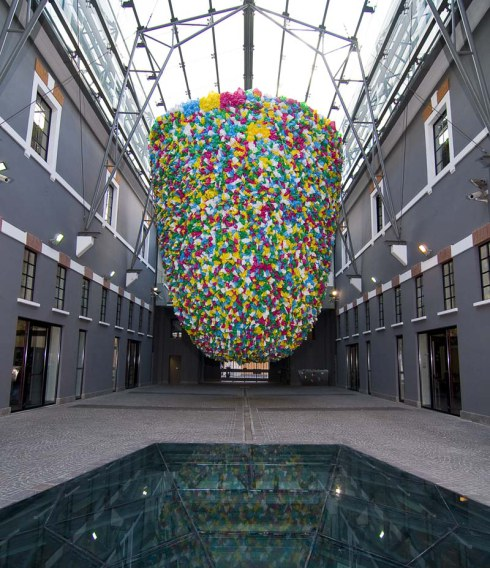 pascale-marthine-tayou-plastic-bags_installation_macro_rome_collabcubed