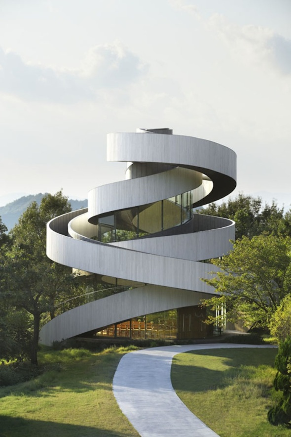 Ribbon-Building_Architecture_2